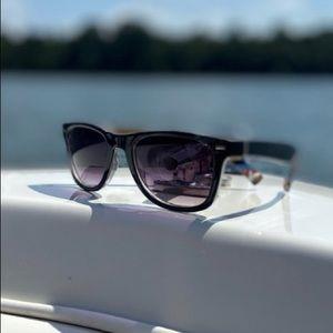 American Eagle Outfitters Sunglasses. Black/Multi.